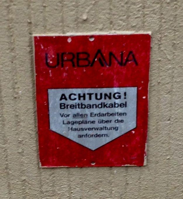 Achtung! Breitbandkabel